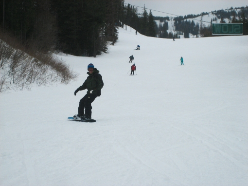 Spring Snow at Mission Ridge WA