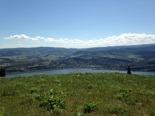 Coyote Wall hike on the Columbia River Gorge WA-OR